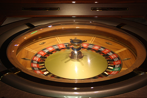 Pay tables slot machines